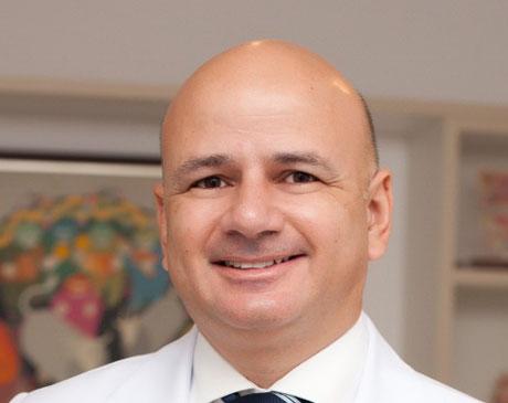 Dr. Tiago Raphael Onzi